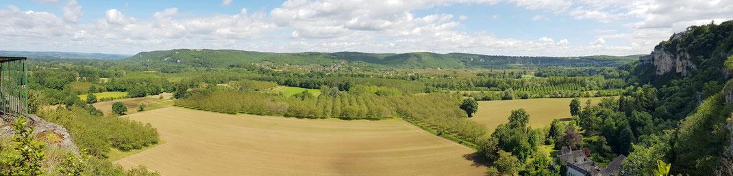 El valle del río Dordoña cerca del Cuvier de Saint Martin