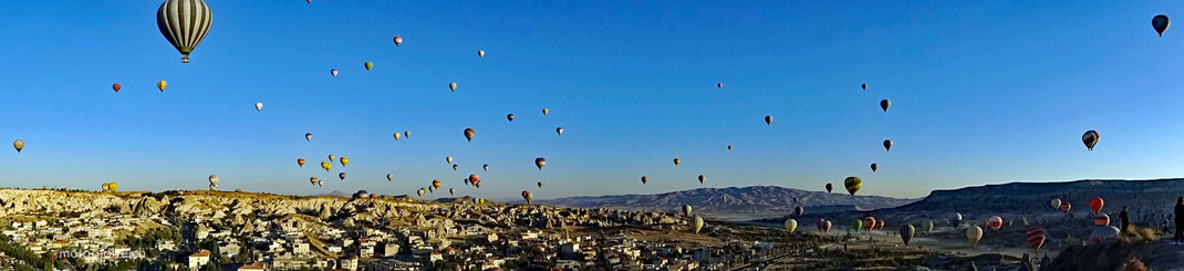 Ein Himmel voller Ballone