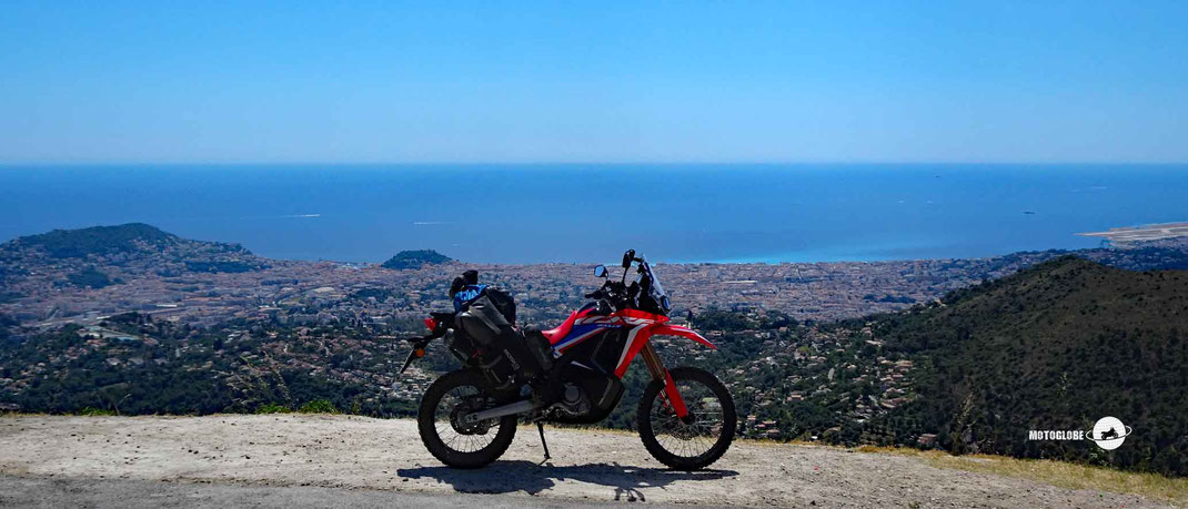 Motoglobe. Honda CRF300Rally Motorradtest für Fernreisen