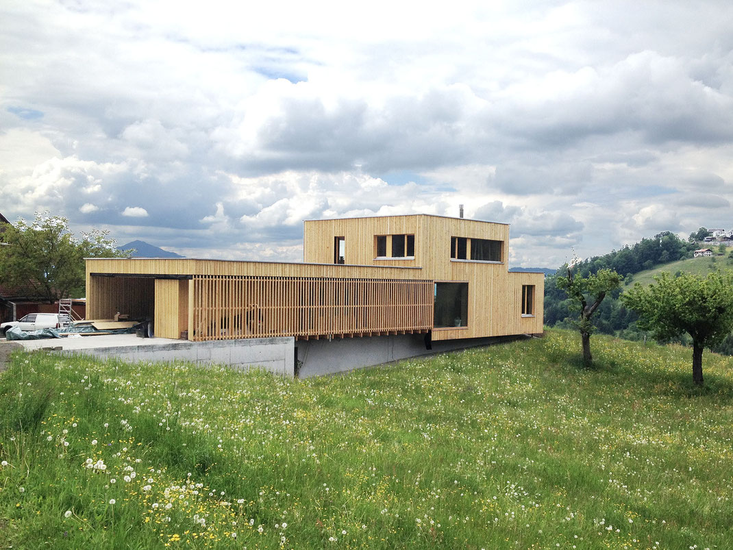 ÖKO Massivholzbau Einfamilienhaus und Praxis ©2019 Welte Architetkur