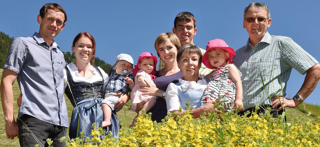 Familie Meyer, Brand in Vorarlberg, Reiterhof, Pferdehof, Urlaub am Bauernhof, Bauernhof, Ferienwohnung, Brandnertal