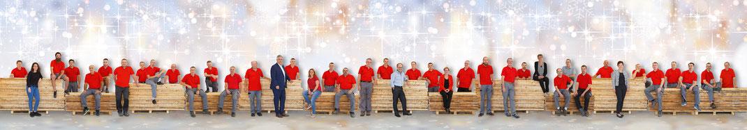 Alle Mitarbeiter der Egli Sarproduktion AG, Beromünster, vereint auf einem Gesamtporträt