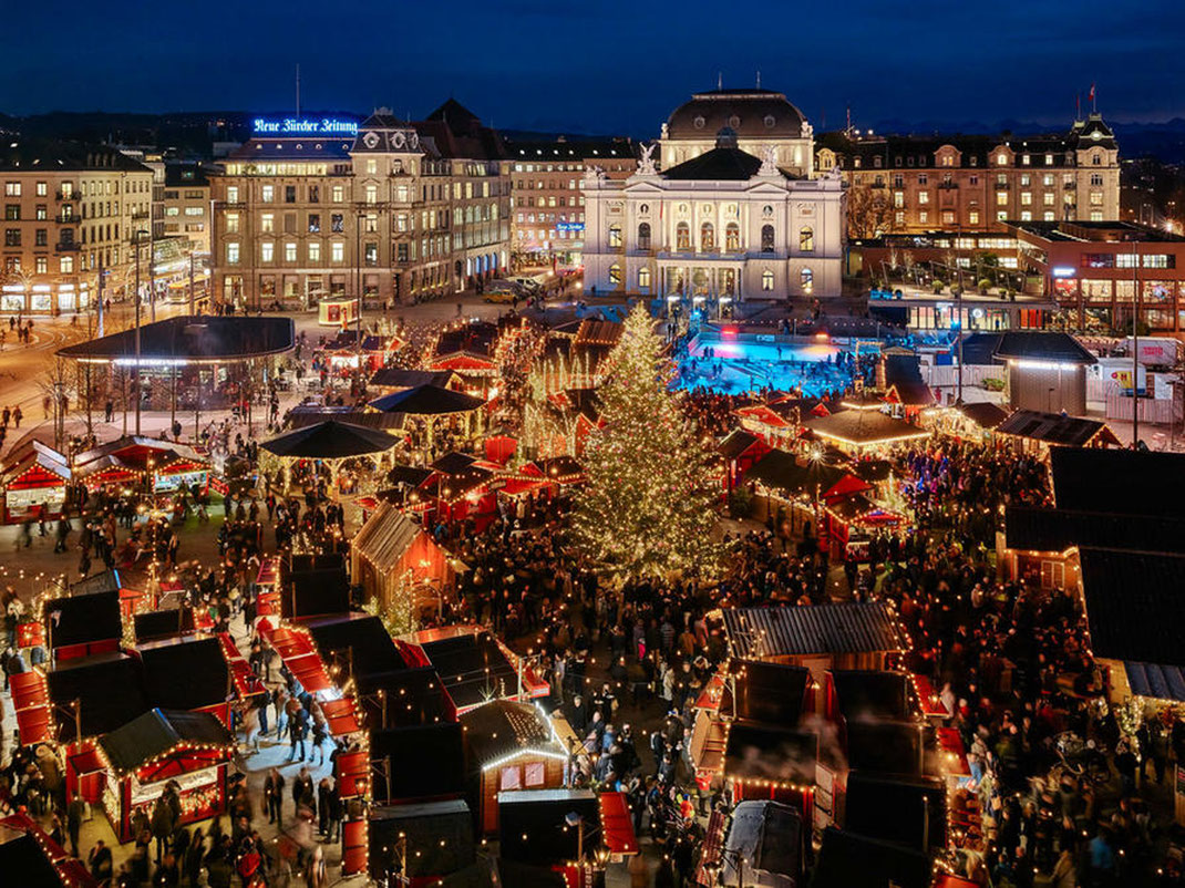 Weihnachtsmarkt am Bellevueplatz in Zürich - (c) Zürich Tourismus