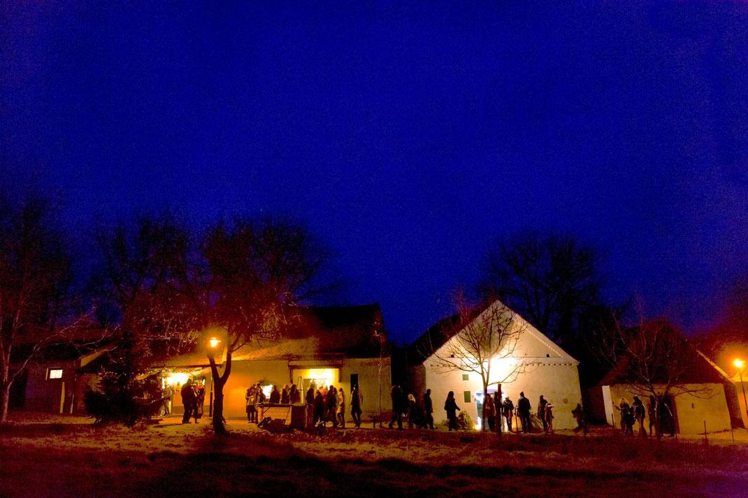 Advent in der Weinviertler Kellergasse - (c) Weinviertel Tourismus / Astrid Bartl