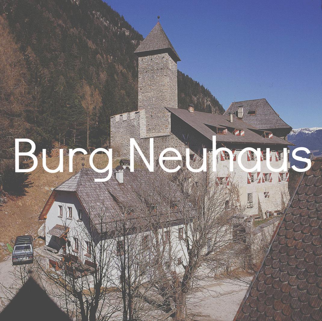Hotel Schloss Neuhaus Burgenstraße Pustertal Südtirol