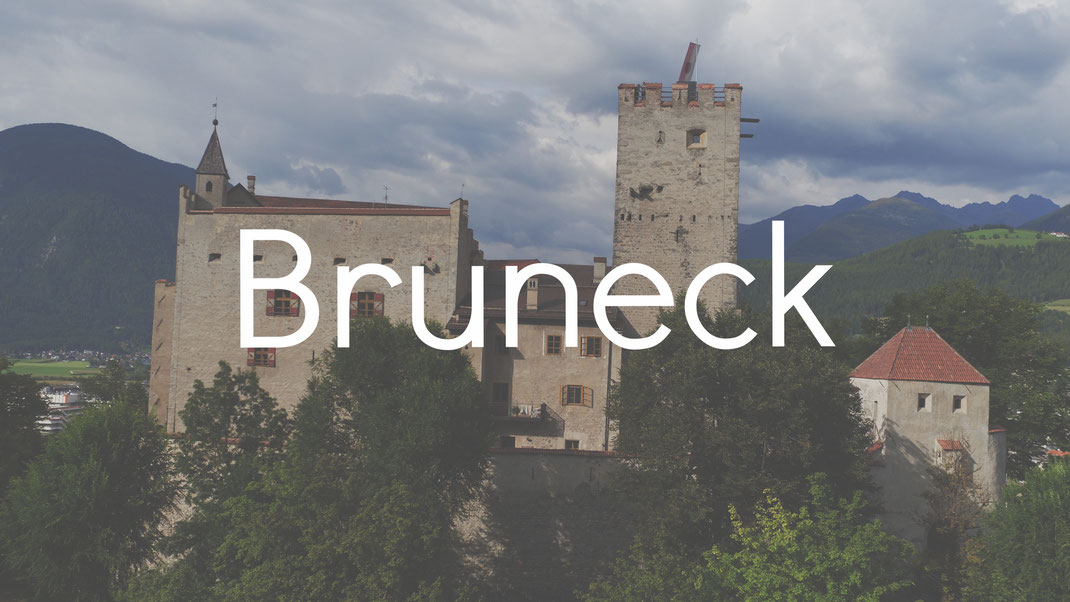 Schloss Bruneck Messner Mountain Museum Burgenstraße Pustertal Südtirol