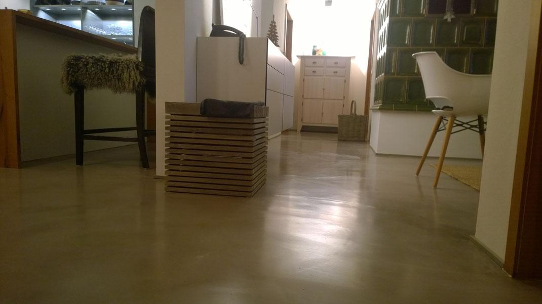 sichtestrich oder spachtelboden designestrich oder. Black Bedroom Furniture Sets. Home Design Ideas
