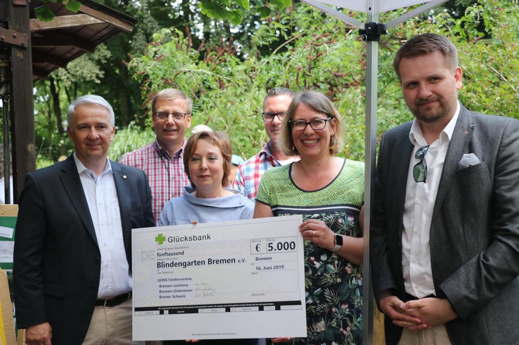 Herzlichen Dank an die drei Lions Clubs Bremen-Lesmona, Bremen-Unterweser, Bremer-Schweiz für die große Spende zu unserem Jubiläum!