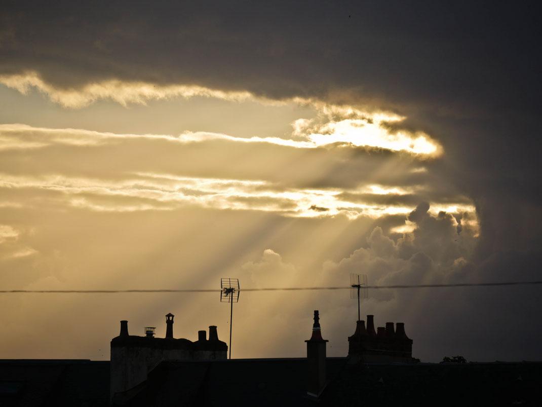 Coucher de soleil sur les toits du Mans