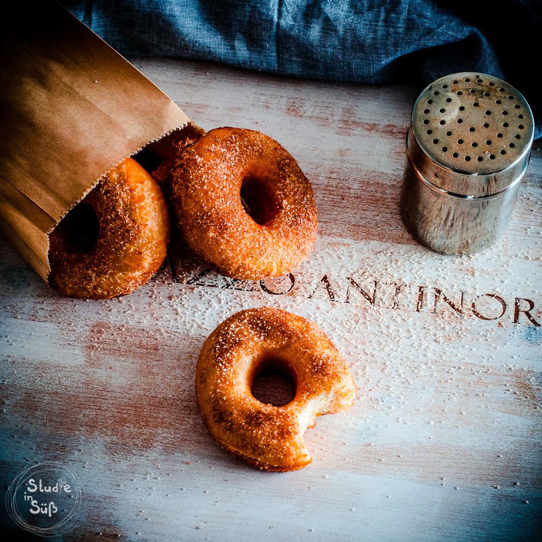 Rezept für klassische amerikanische Donuts