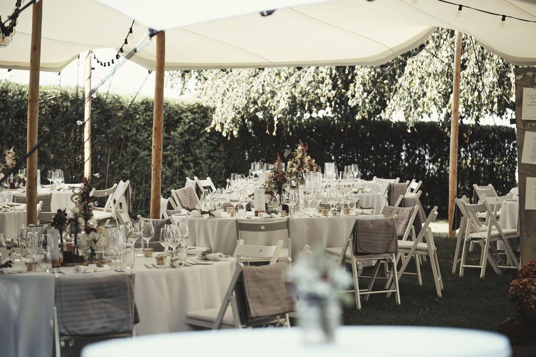 Hochzeitszelt als Hochzeitslocation - photo: ©  edele-fotografie