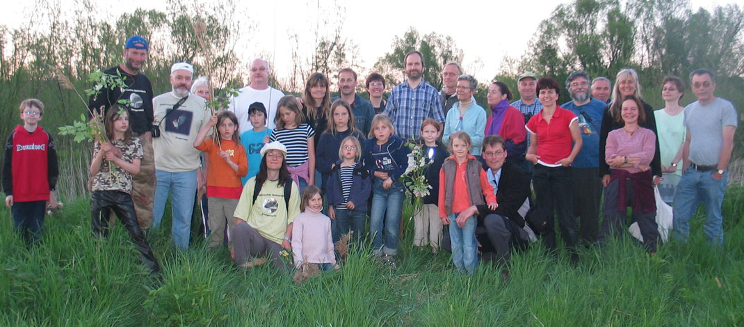 Die LBV-Familie bei einer Biber-Exkursion im Mai 2008