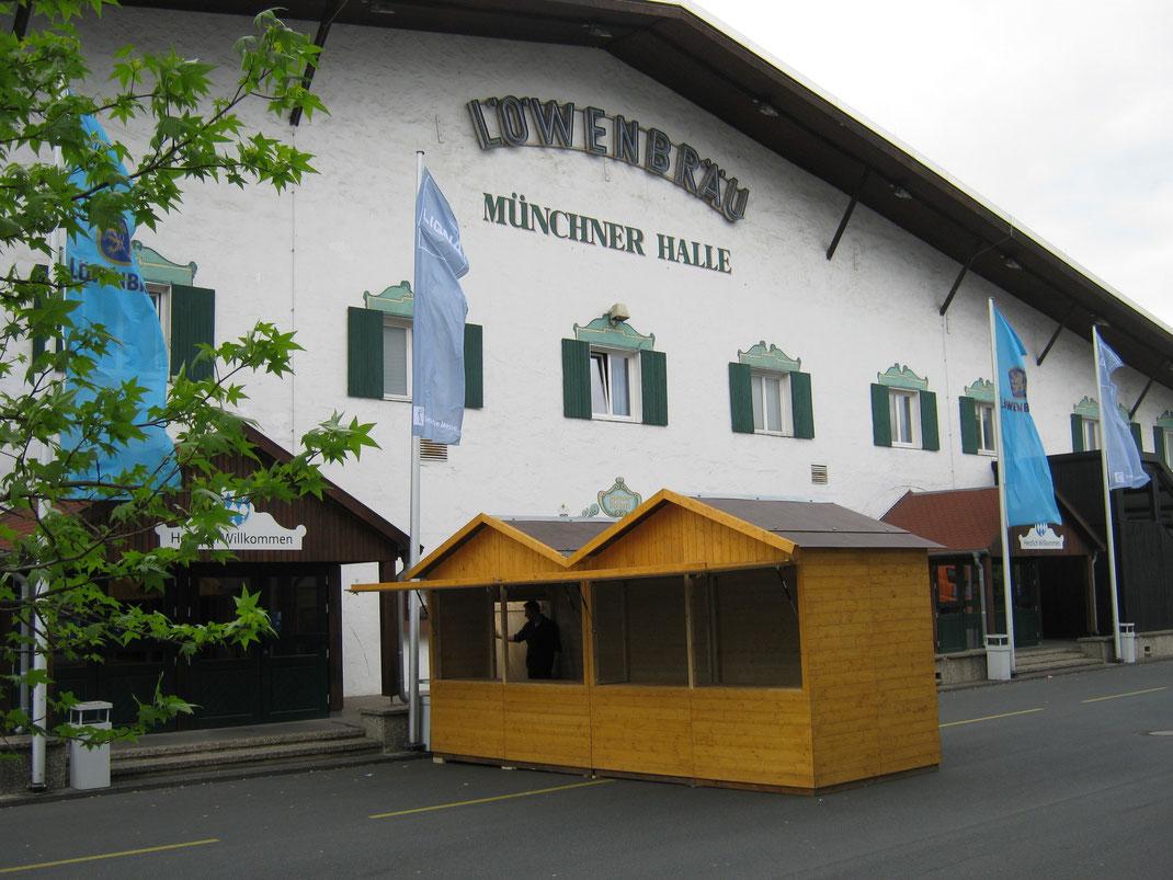 Markthütte und Verkaufstand zum mieten.