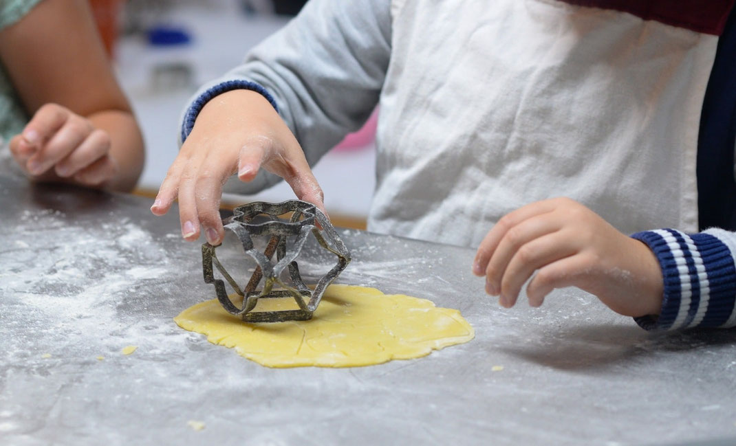 Visite des CE1 & CE2 de Courcelles-Chaussy à la boulangerie Preisler
