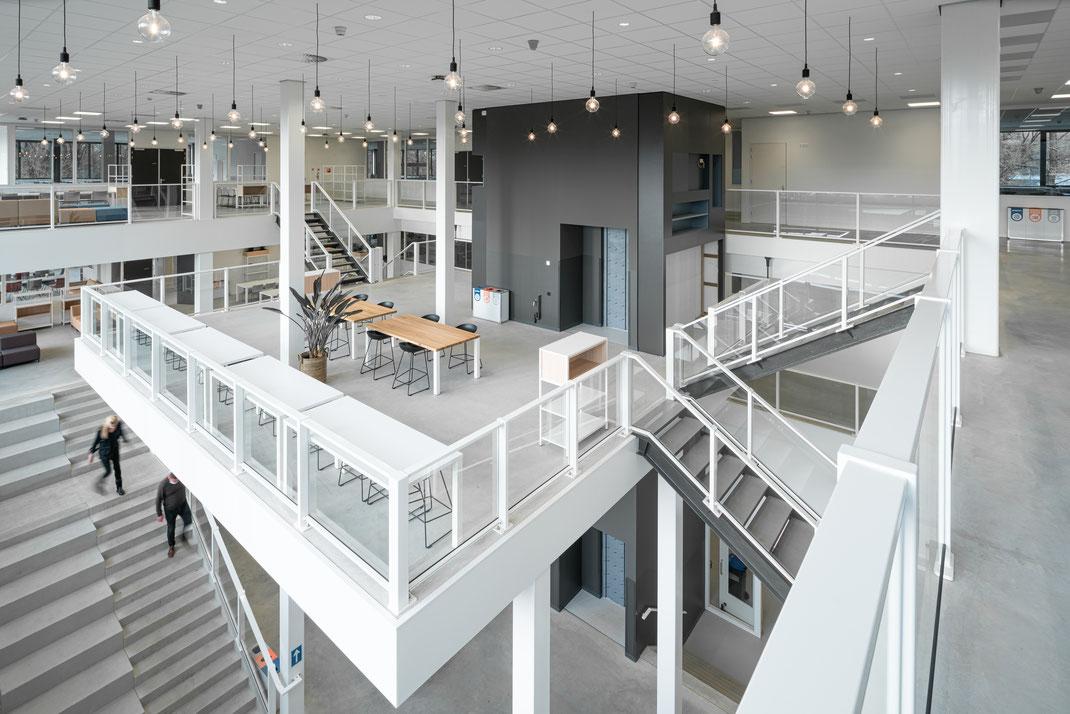 #terrasaandemaas #damenpartners #damenpartnersarchitecten #damenpartners_architecten #spjkenisse #vormbouw #egbertdeboer #egbertdeboerfotografie #hendriksgroep #iob #toren #architecture #architectuur