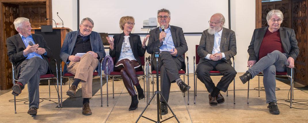 Arnold Stadler, Christian Wentzlaff-Eggebert, Luzia Braun, Siegmund Kopitzki (Moderation), Franz Armin Morat und Hans-Rüdier Schwab (v. l. n. r.)