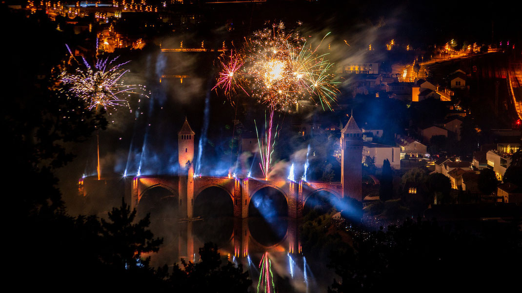 Feux d'artifices à Cahors - Crédit Photo  : Pixabay