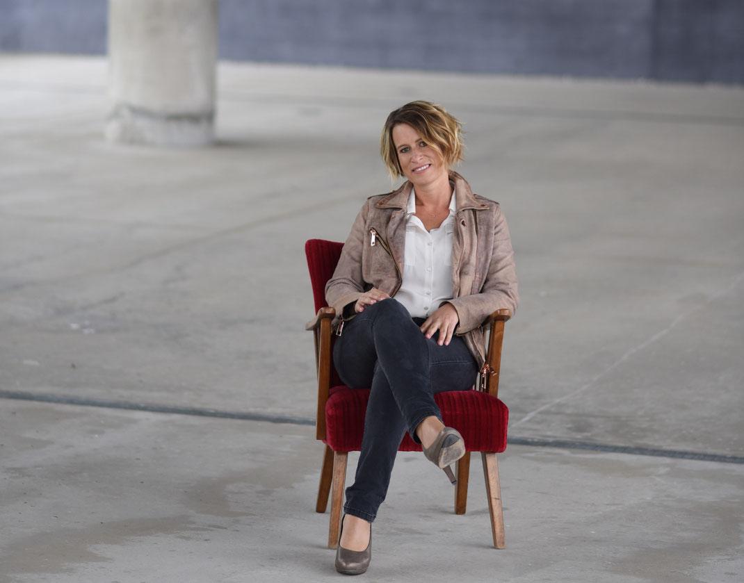 Hier ist ein Portrait von Elke Prühlinger, personzentrierte Psychotherapeutin in Ausbildung unter Supervision.