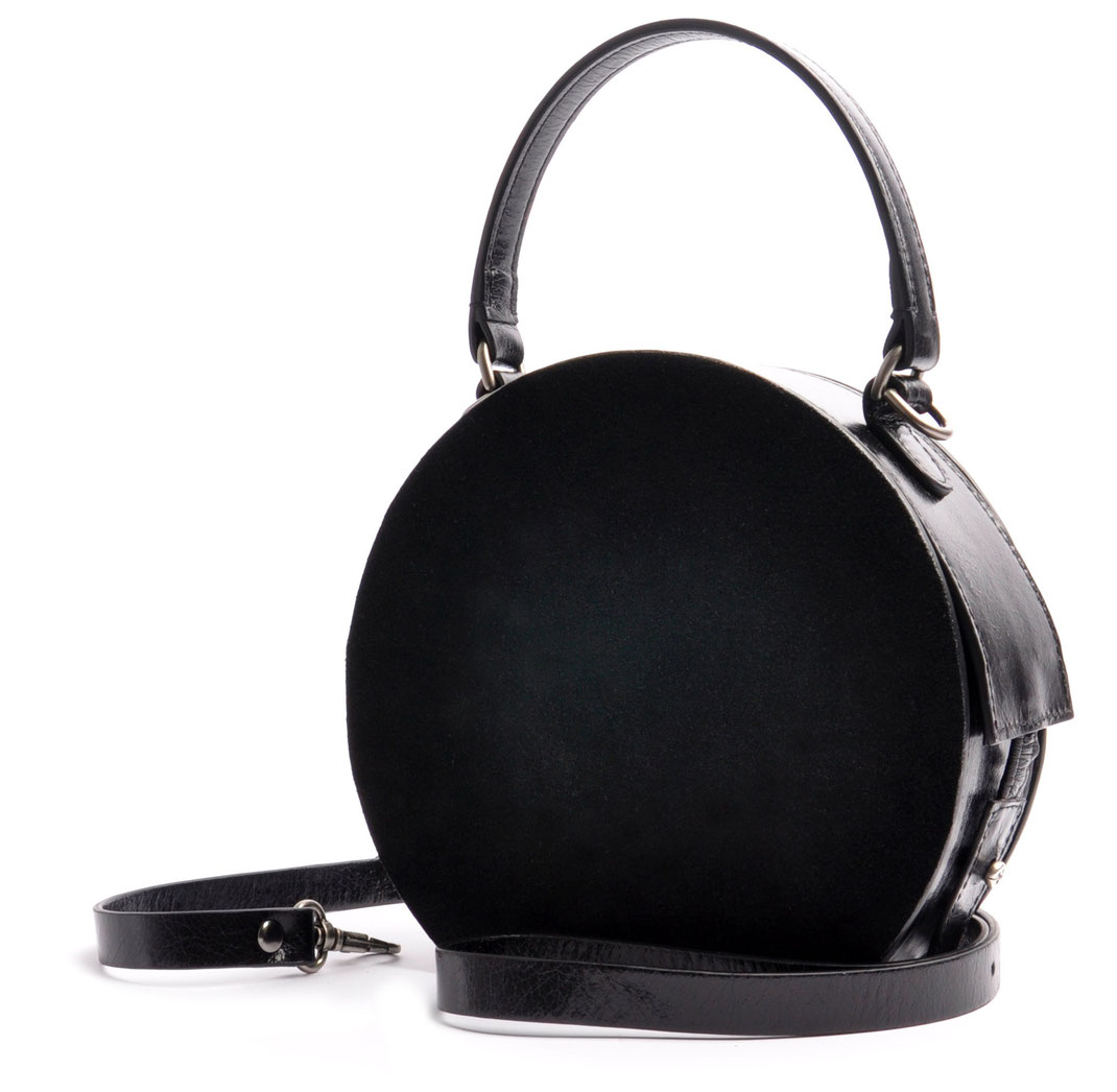 Handcrafted Circle Bag GRETA black Leather Manufactory  OSTWALD Traditional Craft  Slowfashion
