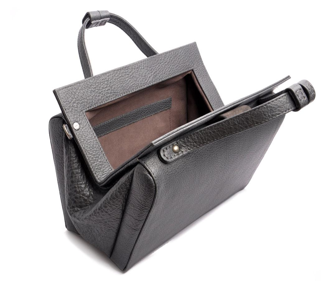 handgefertigte Henkeltasche ESTELLE Vintagelook Leder grau OSTWALD Tradition