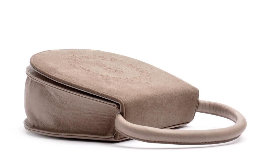Trachtentasche HENRIETTE schwarz  Leder Rosen OSTWALD Traditional Craft
