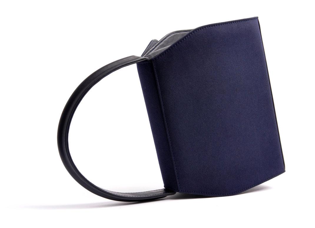 Trachtentasche EMMA blau  online versandkostenfrei kaufen OSTWALD Traditional Craft