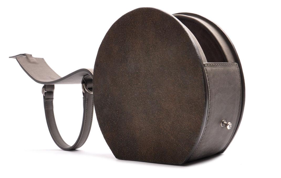 Handcrafted Circle Bag GRETA grey Leather Manufactory  OSTWALD Traditional Craft  Slowfashion