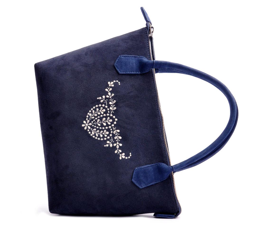 Wiesntasche Trachtentasche INÈS blau mit Stickerei OSTWALD Traditional Craft