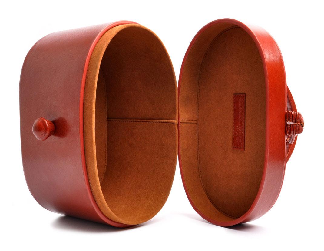 Nostalgische Tasche CAMILLE Leder cognac OSTWALD Traditional Craft