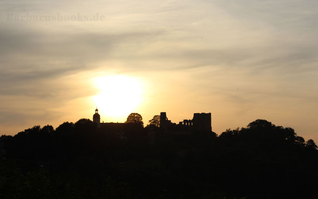 Burgruine Sonnenuntergang Hintergrundbild Desktopbild