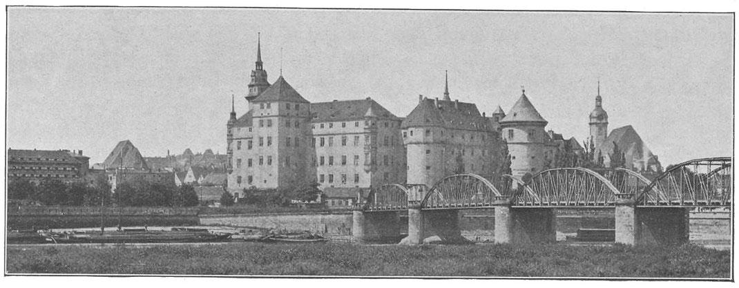 Historische Ansicht des Schlosses Hartenfels von ca. 1900.