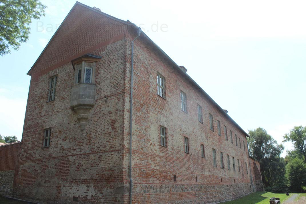 Hauptgebäude Burg Storkow Brandenburg