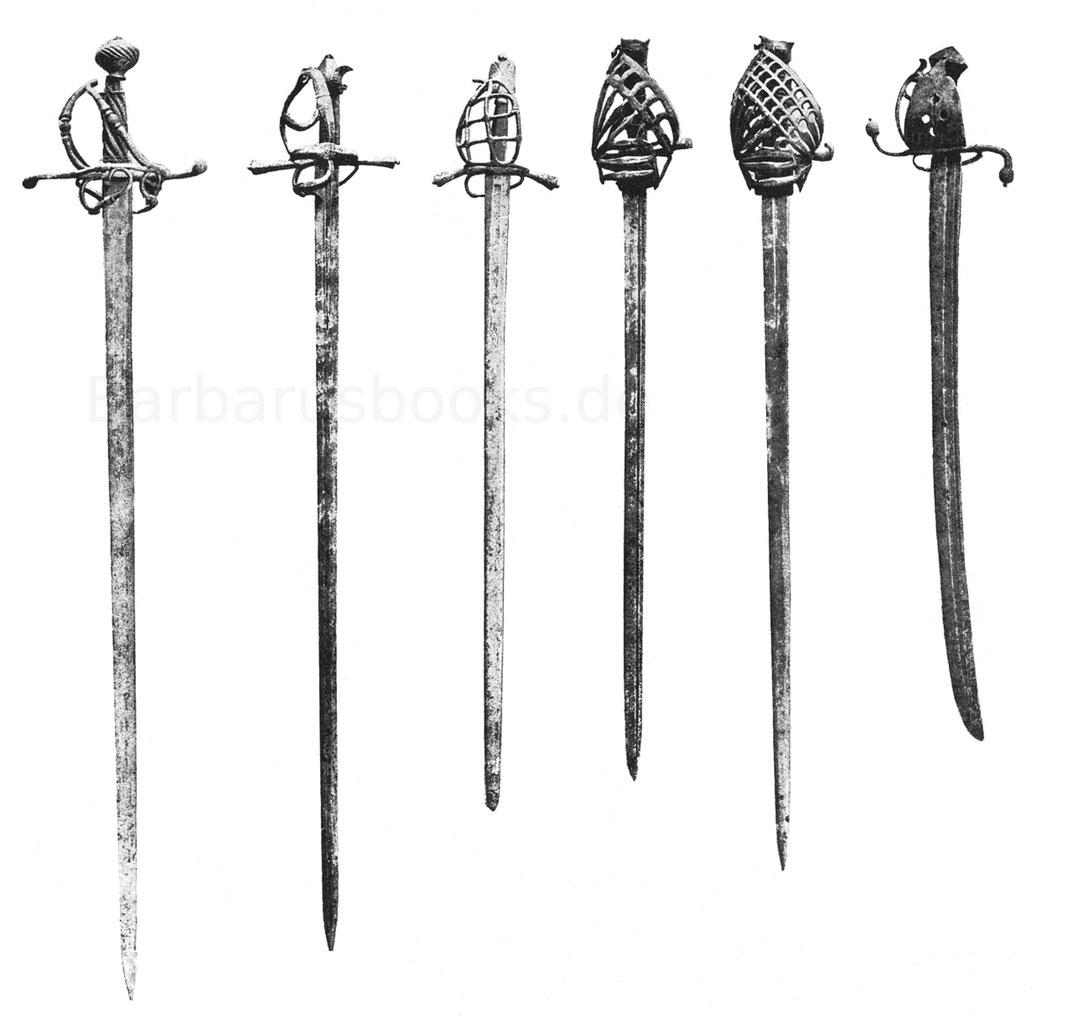 Schweizer Reiterschwerter vom Ende des 16. Jahrhunderts, zwei Schiavona und ein sogenannter ungarischer Säbel.