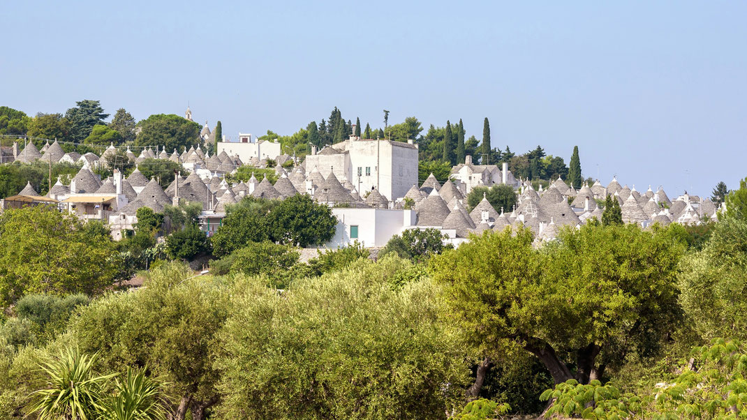 Alberobello, UNESCO cultural heritage because of his large number of Trulli in City Center!