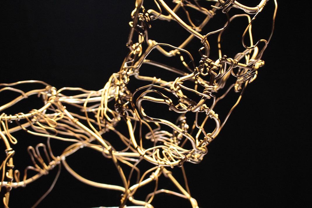 'Tänzer' // Bildhauerei: Deike Heeren // Draht,  H 195cm