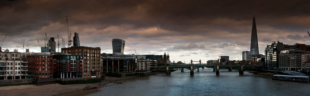 Calendar, London panorama,  The Shard