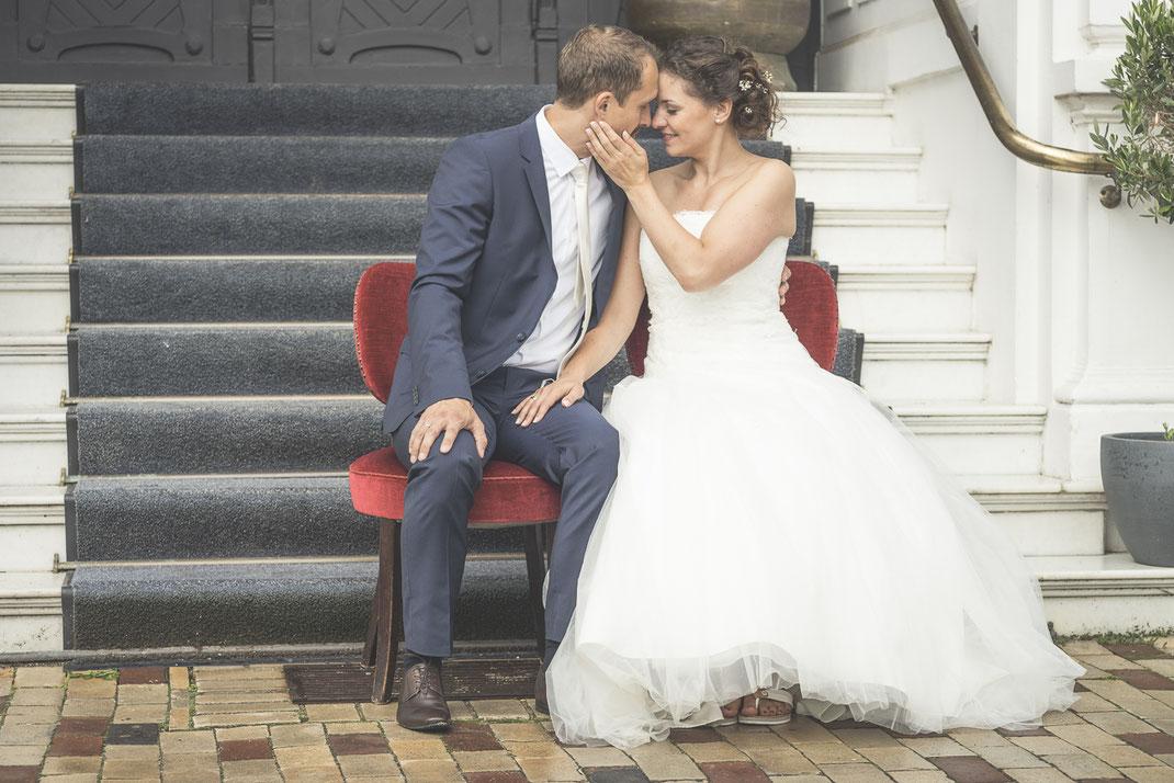 Hochzeitsfotograf Hamburg - Hochzeitsfotos vor dem Strandhotel Blankenese