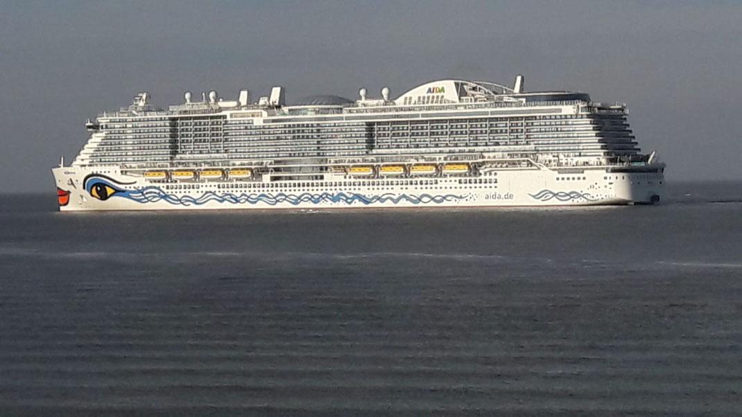 Am 15. 11. wird AIDAnova an AIDA Cruises übergeben // © Dirk Reiche