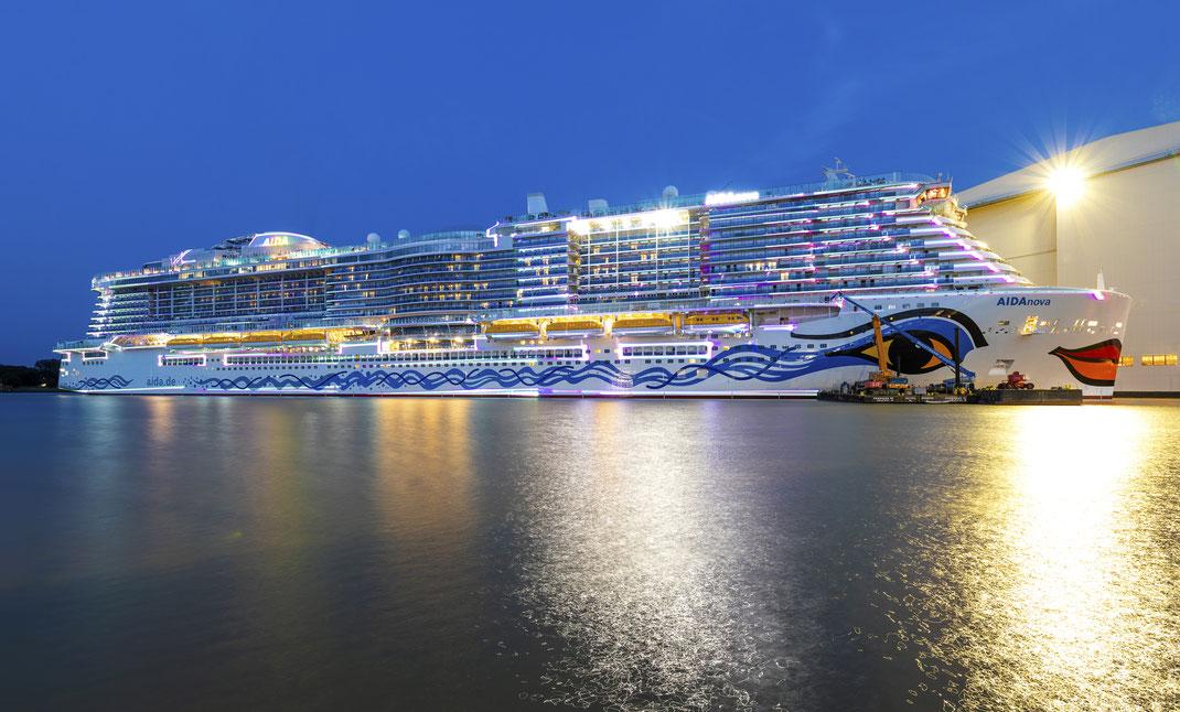 AIDAnova im Werftbecken der Meyer Werft // © AIDA Cruises