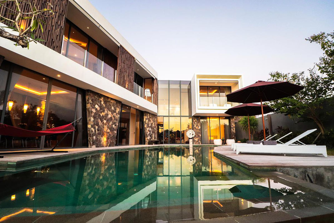 Bukit villa dijual. Di jual vila di Balangan