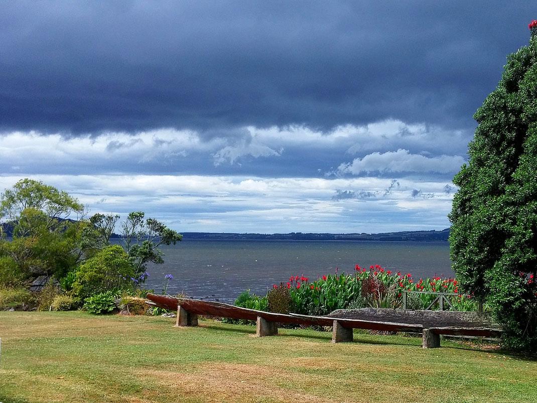 Der Lake Rotorua ist der zweitgrößte Binnensee der neuseeländischen Nordinsel.