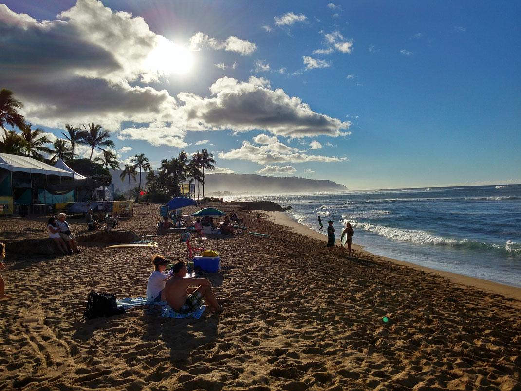 Das ist der Strand an dem John John Florence aufgewachsen ist. Herzlichen Glückwunsch John John!!!!