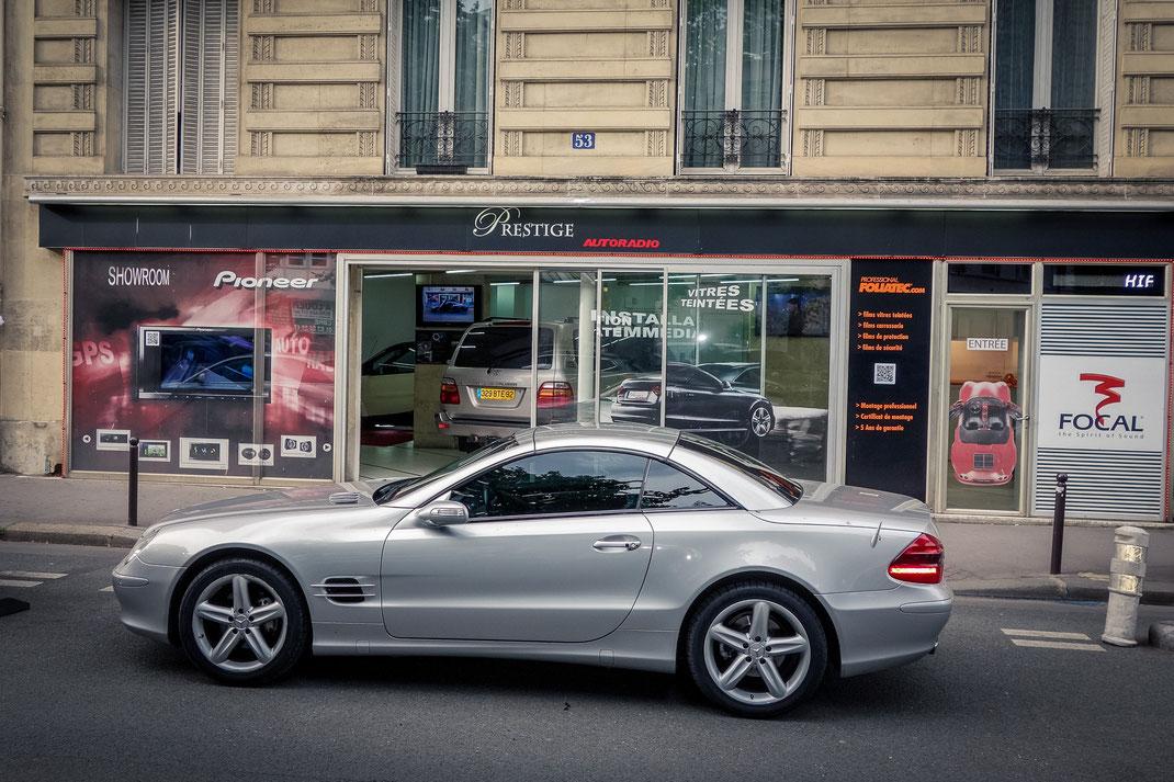 Montage GPS Alpine sur Mercedes SL 500 par Prestige Autoradio à Paris