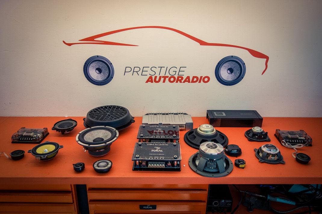 Installation HIFI  sur Porsche 991 serie limitée anniversaire 50 ans. Montage d'un kit Focal Utopia et d'un amplificateur Pioneer kit 2 voies avant et arriere'