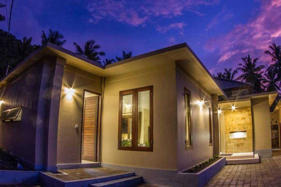 Lombok villa for sale by owner.  Senggigi villa for sale