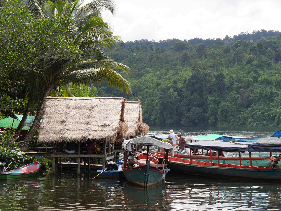 Spurenwechsler slow travel slowtravel Reiseblog Reisereportagen Reiseberichte Reisetipps Kambodscha Koh Kong Preah Fluss Wasserfall Tropen Trekking Natur Kultur Reise Reisefotografie