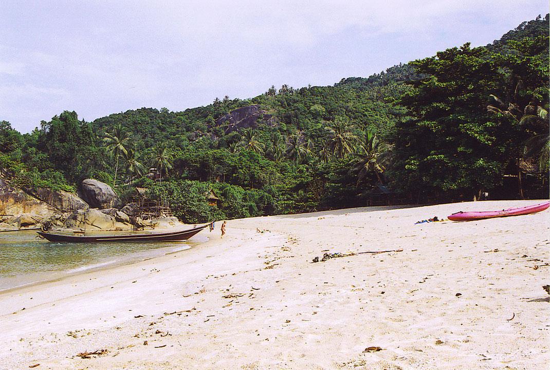 Es gibt schöneren Sand an anderen Stränden - aber die Ruhe? (Foto Jörg Schwarz)