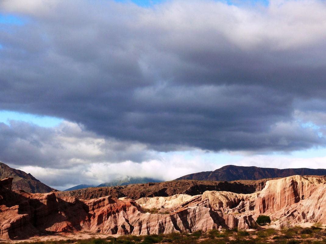 Beeindruckende Stimmungen findet der Besucher in der etwa 15 Minuten entfernt gelegenen Quebrada de las Conchas  (Foto Jörg Schwarz)