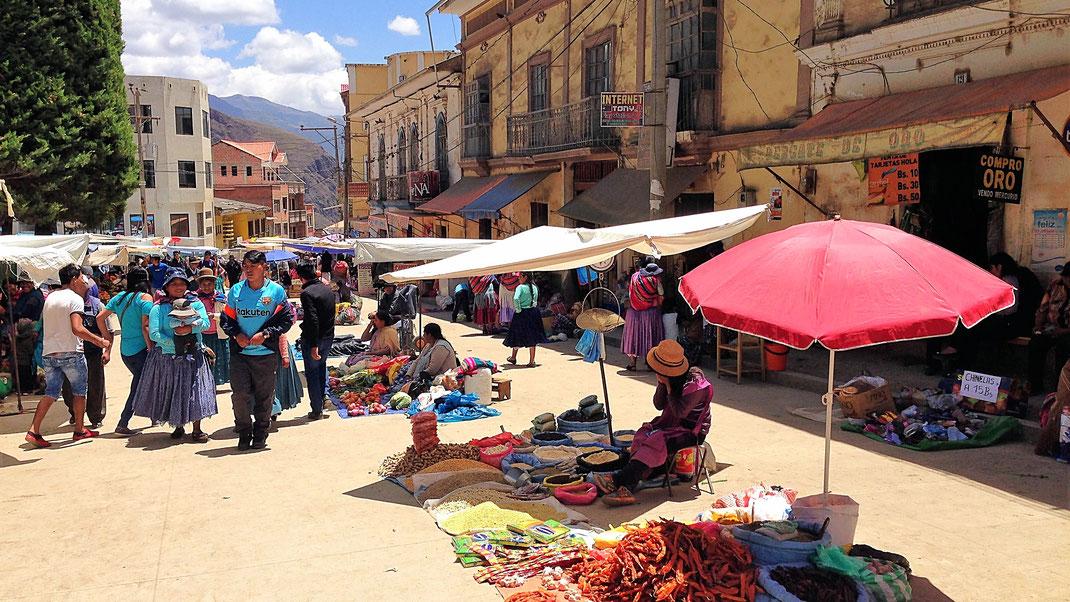 Wochenendmarkt in Sorata, Sorata, Cordillera Real, Bolivien (Foto Jörg Schwarz)