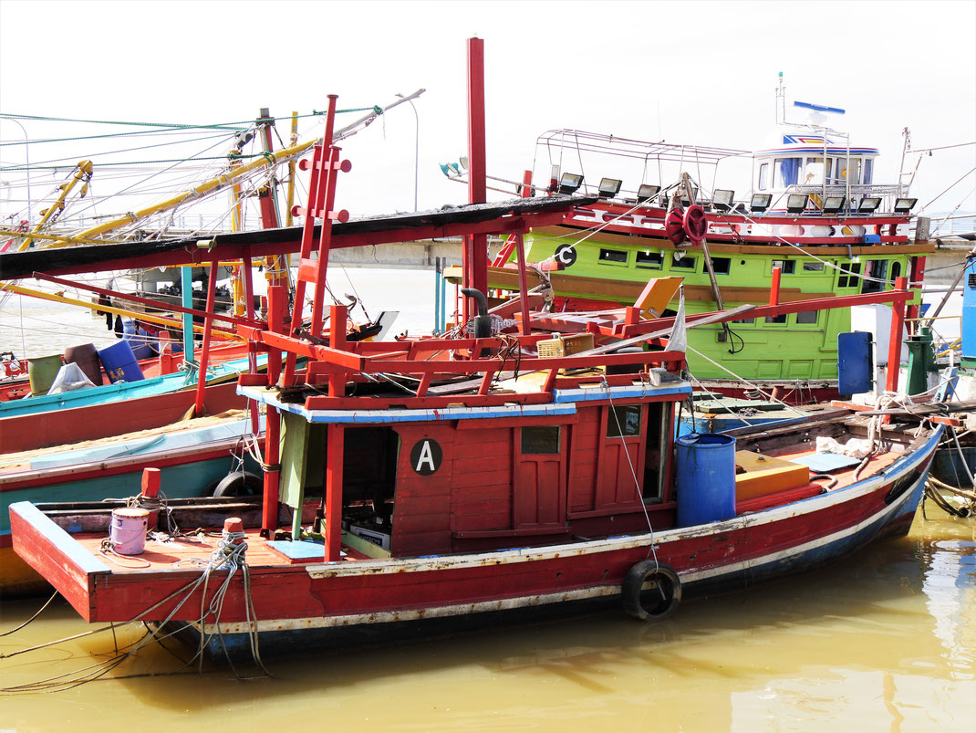 Im Fischereihafen von Kuala Besut, Malaysia (Foto Jörg Schwarz)